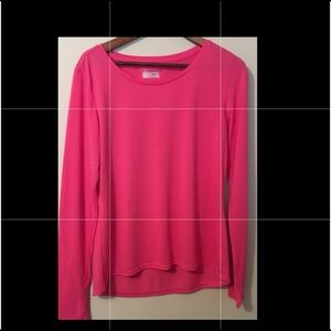 NWOT Women's Under Armour Pink Long Sleeve T-shirt